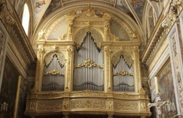 Santissima Trinita di Cava de Tirreni